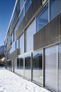 Energy efficient facades
